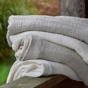 Arlesienne Blankets