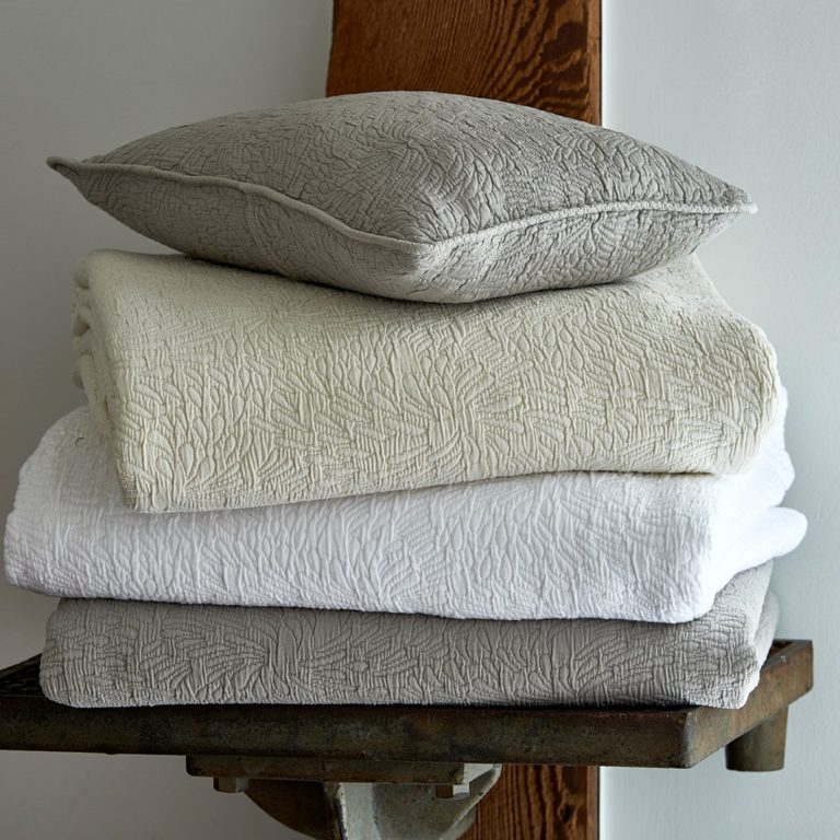 Couture Coverlets Cream White Gray