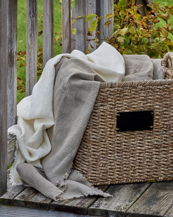 Rustic Linen Throws 2