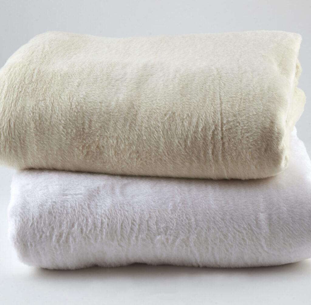 Kashmina Blankets ivory and white