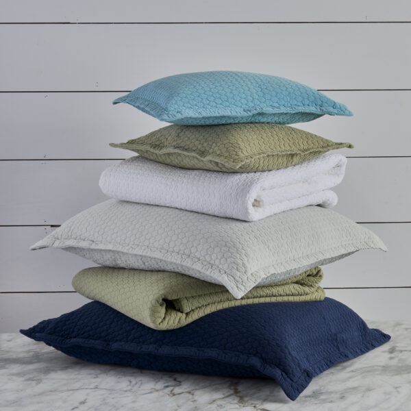 Tracey Coverlet Stack