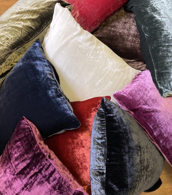 VV pillowcases